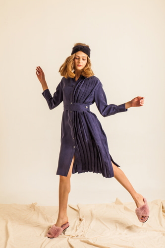 UNBALANCE PLEAT-DRESS